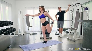 Busty Kendra Lust seduced by a personal trainer for a fuck