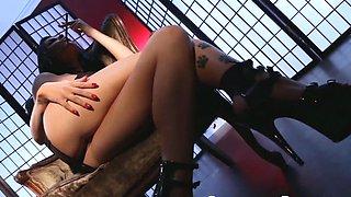 Crush Girls - Romi Rain vaping while she masturbates