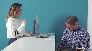 nerdy babe gets her pussy pounded on the office desk