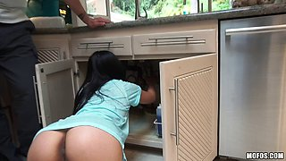 Black-haired cutie called Cindy Starfall getting it in the kitchen