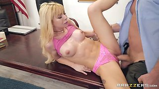 Kenzie reeves getting her twat pounded by kyle mason