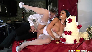 Romi Rain-Romi's Early Wedding Gift