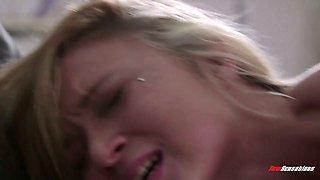 Horny Dakota Skye pleases dick of her sleeping boyfriend early in the morning