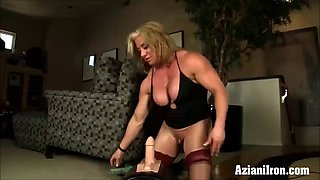 fitness model dildo against Sybian, who does it better