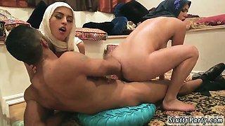 Teen watches associate masturbate Hot arab girls try foursome