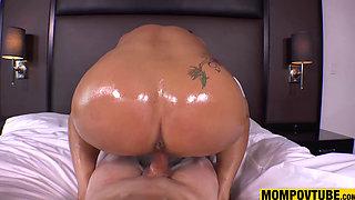Anal Fucking and Pussy Creampie GILF POV HD Big Boobs