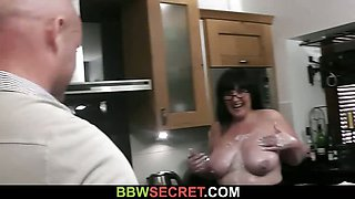Huge lady rides cock right at the kitchen