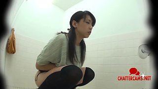 Asian Teen Public Toilet Pissing Spycam