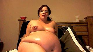 Pregnant BBW oil