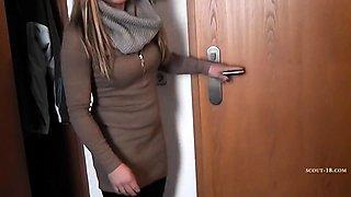 Deutsche Studentin laesst sich beim Sexdate im Hotel filmen