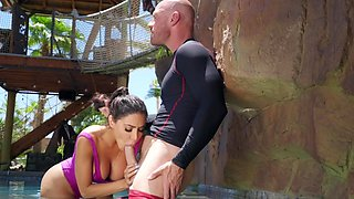 Big ass wife cheats with the surf trainer
