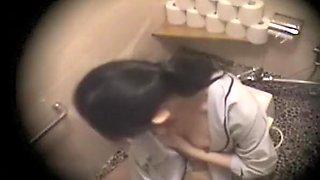 Japanese Masturbation In Toilet 2