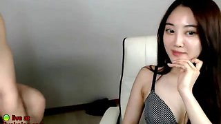 Korean girlfriend teases with her nice tits