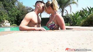 Buxom Brooke seduces annoying boyfriend's best friend