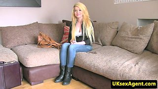 Blonde uk babe sucks cock at sex audition