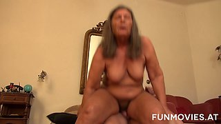 Messy haired old mature slut gives blowjob and rides dude's cock on top