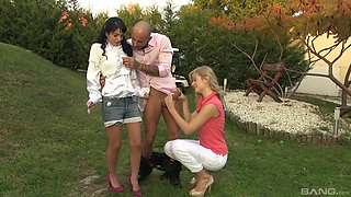 Jessyka and Charlys are here in the backyard to do some cock riding!