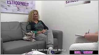 Blonde babe amazing sex with doctor
