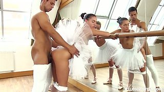 Kinky choreographer fucks Czech ballerina Vinna Reed and her pretty hot girlfriends