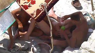Bi beach fun
