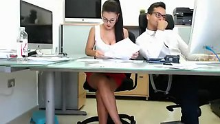 Naughty brunette secretary gets her juicy holes devoured on