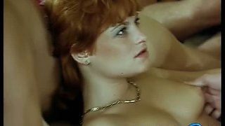 Incredibly wild MFFF 4some in retro style is must-watch right away