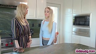 Riley anne feels aroused witnessing stepmom serene&#39s passion