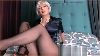 MOMMY SEDUCES SON HIGH HEELS STOCKINGS