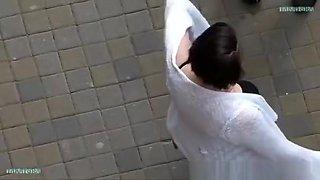 Insight into the neckline of a drunken girl