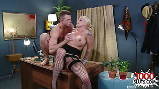 Big tits pornstar squirt with swallow