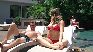busty kagney linn karter seduces the guy by the pool
