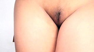 Cum-thirsty asian floozy deepthroats and rides a hard ramrod