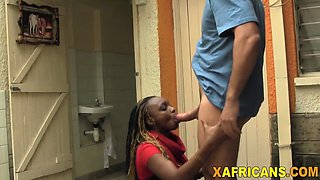 Amateur African chick takes white dong in pussy