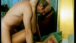 Mature white dude bones gorgeous German brunette on the bed