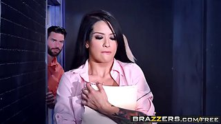 Brazzers - The Intern s Turn Katrina Jade