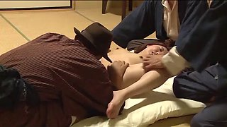 Japanese wife forced in front of husband (full: shortina.comqh33t)