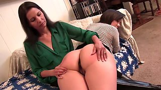 How to give a sensuous F/F spanking