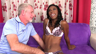 Ebony Shyra Foxx Fucked Older man