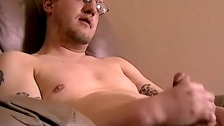 Amateur dude with a glasses Jack gets a nice blowjob