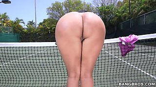 kiara mia letting her big tits bounce around the tennis court