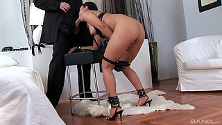 Valentina Velasques is a horny slave ready for a kinky sex game