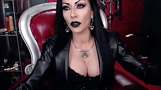 MistressKennya17